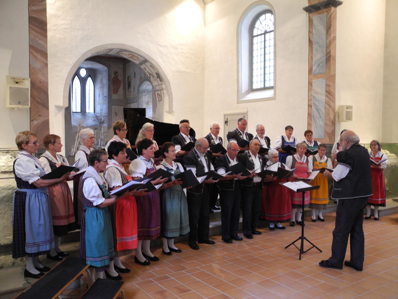 Eine Immer Wiederkehrende Tradition Das Mehrsprachige Konzert Ganz Im Zeichen Der Freiburger Zweisprachigkeit Gemischte Chor LEcho Des Alpes Aus